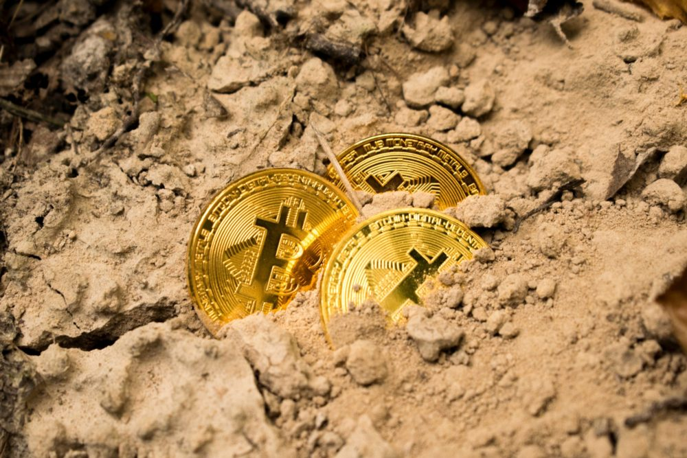 Il nuovo palcoscenico mondiale: una fusione tra Keynes ed i bitcoin